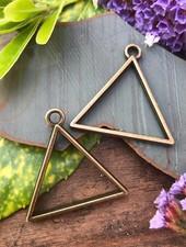 Triangle Frame: Antique Brass - 1 Pair