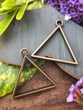 Triangle Frame With Loop: Antique Brass - 1 Pair