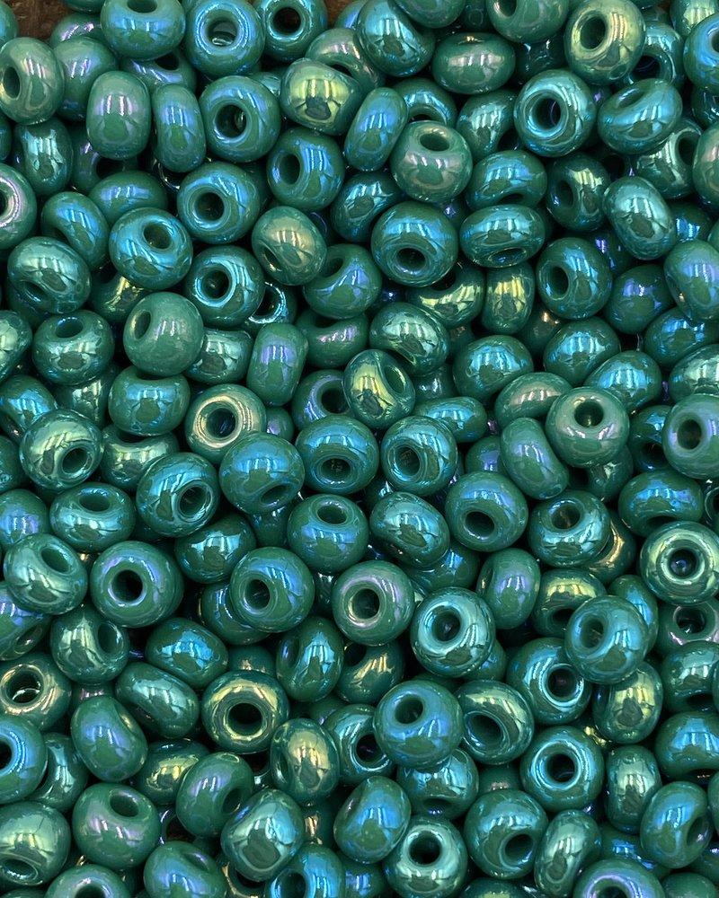 SIZE 6/0 #600 Blue Green Rainbow