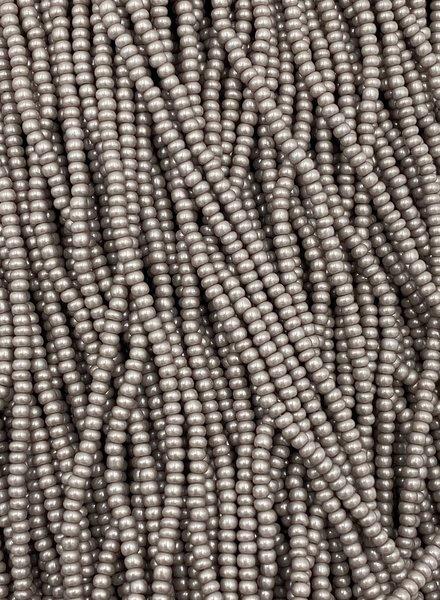 SIZE 11/0 #1340 Taupe Supra Pearl