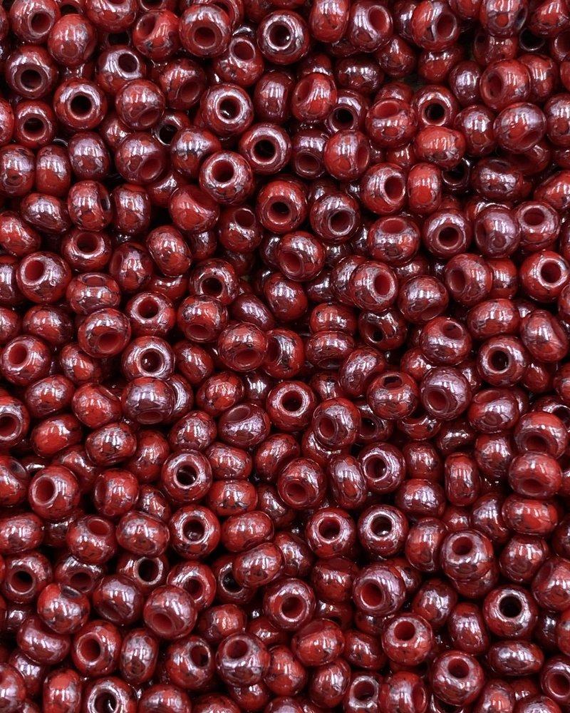 SIZE 8/0 #1466 Red Peramik