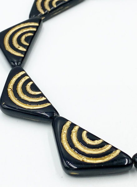 30x15 Triangle with lines Jet Gold- 6 Beads
