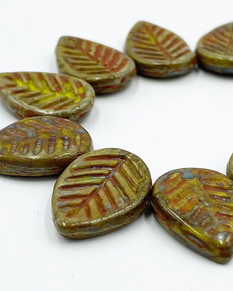 12x16mm Dogwood Leaves Artichoke Coral