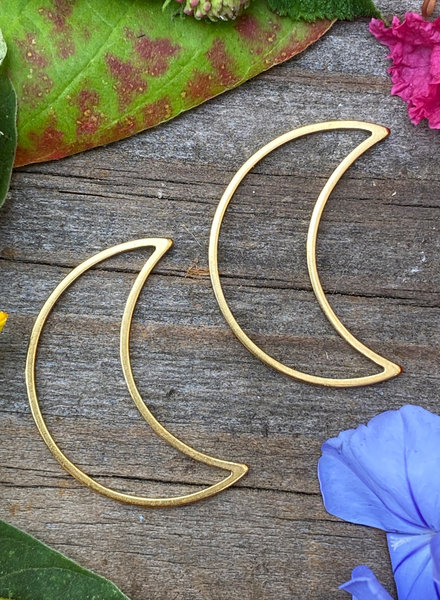 Small Moon: Gold- 1 Pair