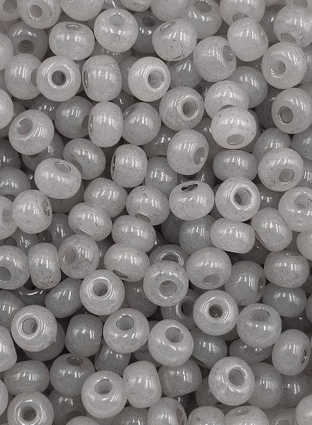 SIZE 6/0 #1375 Grey Opal