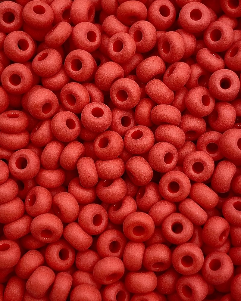 SIZE 6/0 #106m Chinese Red Matte