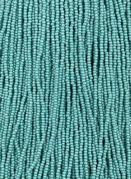 SIZE 11/0 #26 Green Turquoise Luster