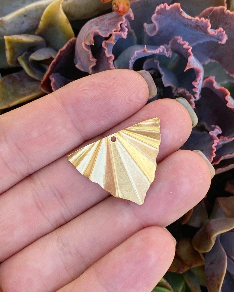 Triangle Fan Drop- Brass- 6pc.