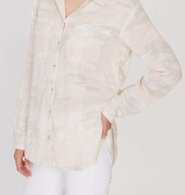 Sanctuary Favorite Boyfriend Shirt Camo