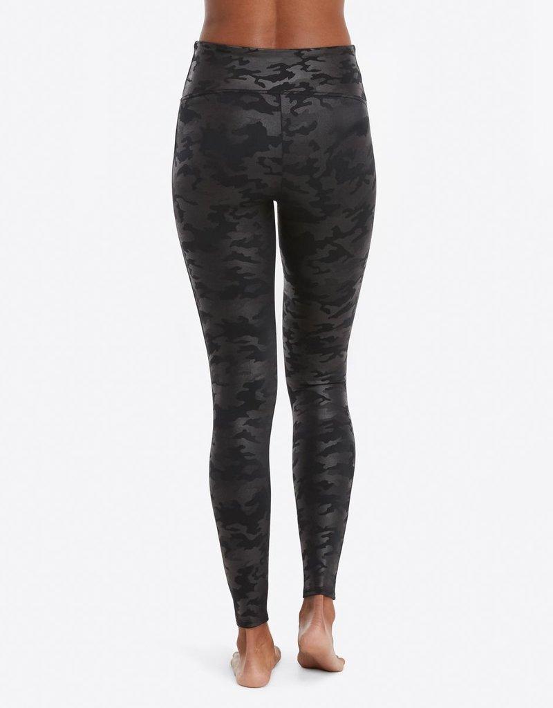 outlet store 9e1f7 430e8 Spanx Faux Leather Legging Camo Black