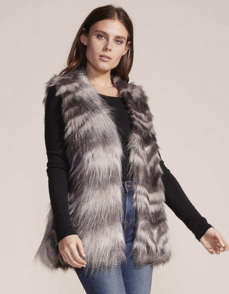 Cupcakes and Cashmere Vivianna Fur Vest Grey
