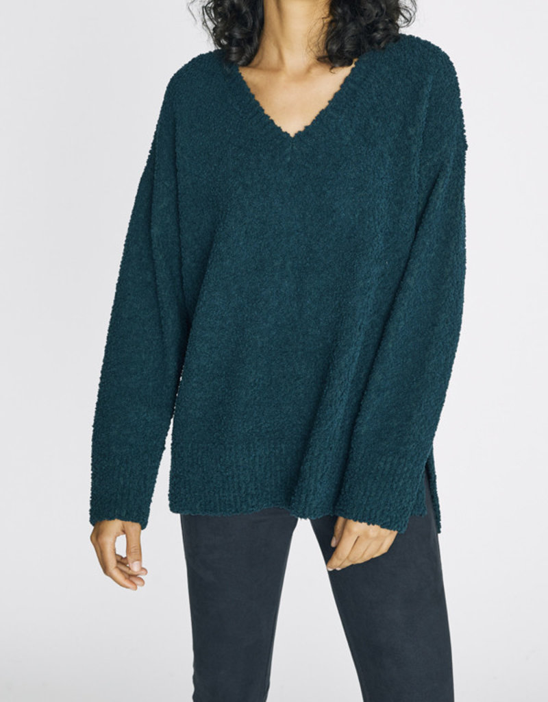 V-Neck Teddy Sweater Jade