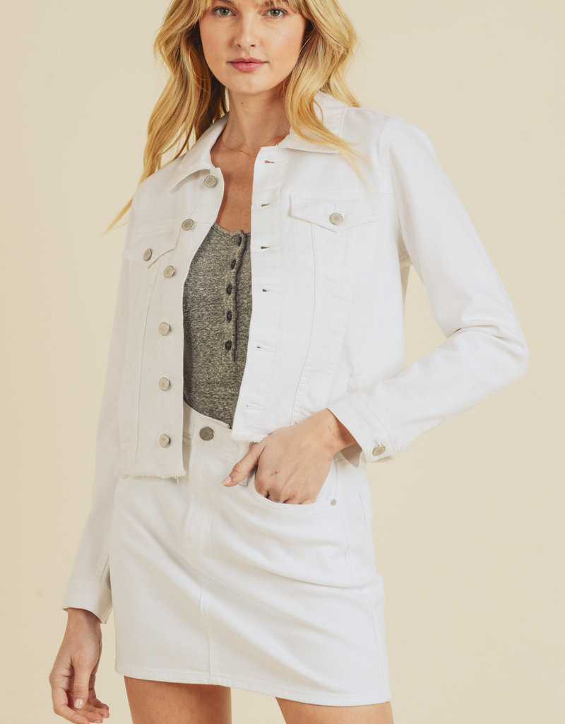 Cropped Denim Jacket w/ Frayed Hem White