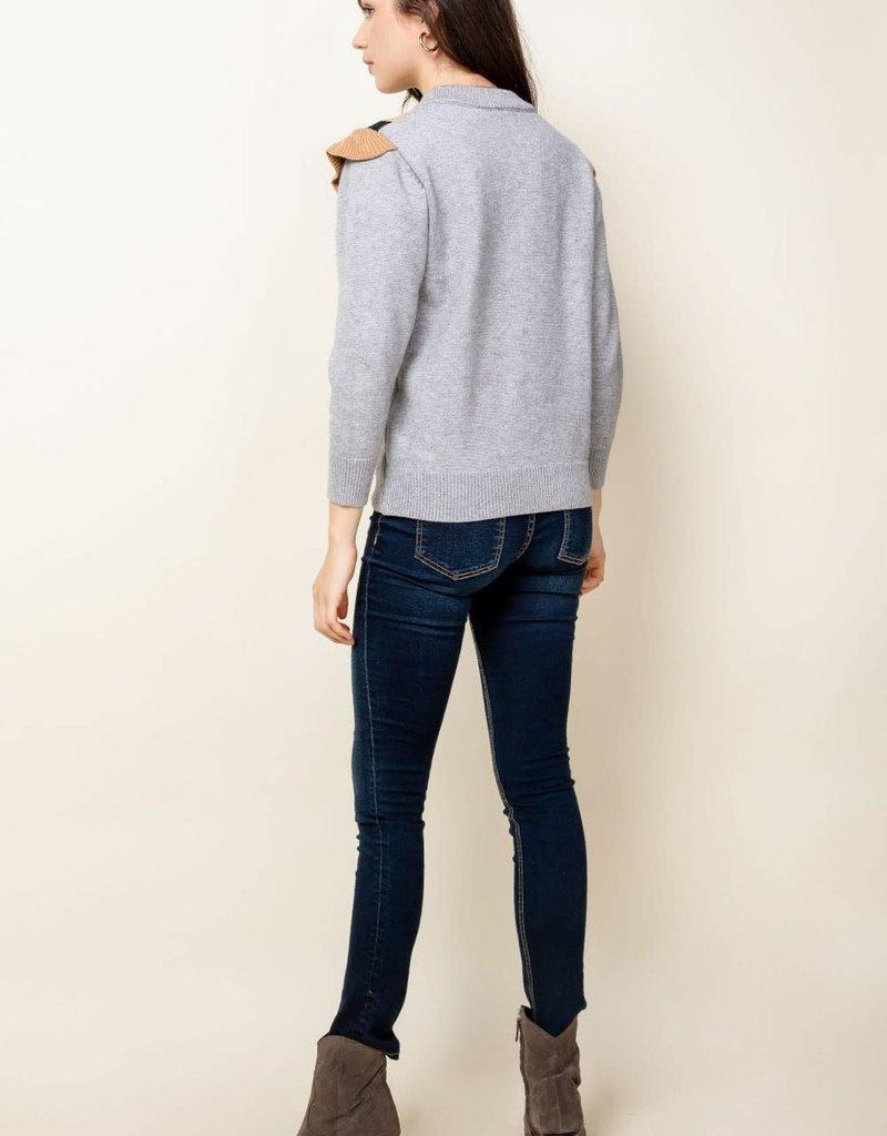 Ruffle V Sweater Grey