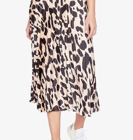 Everyday Pleated Skirt Oversized Spots