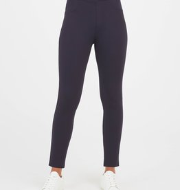 The Perfect Ankle 4 Pocket Pant Black