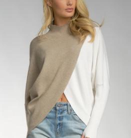 Drape Turtleneck Sweater Khaki White