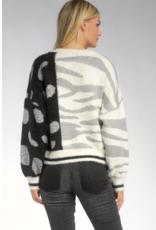 Sweater Crew Neck Cream Black Spots