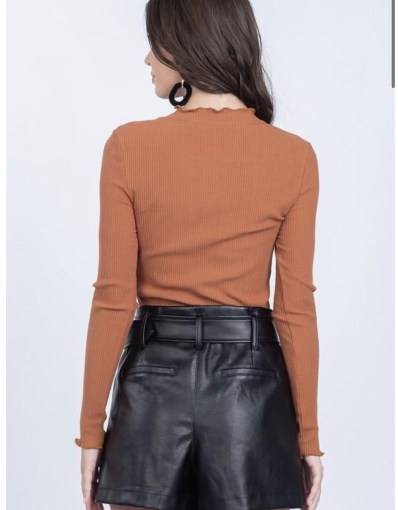 Everly Vegan Leather Short w/ Belt