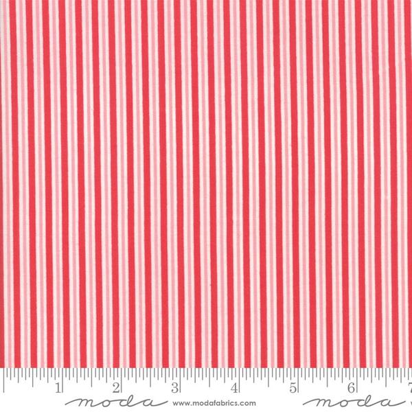 Moda Candy Cane Stripe in Peppermint