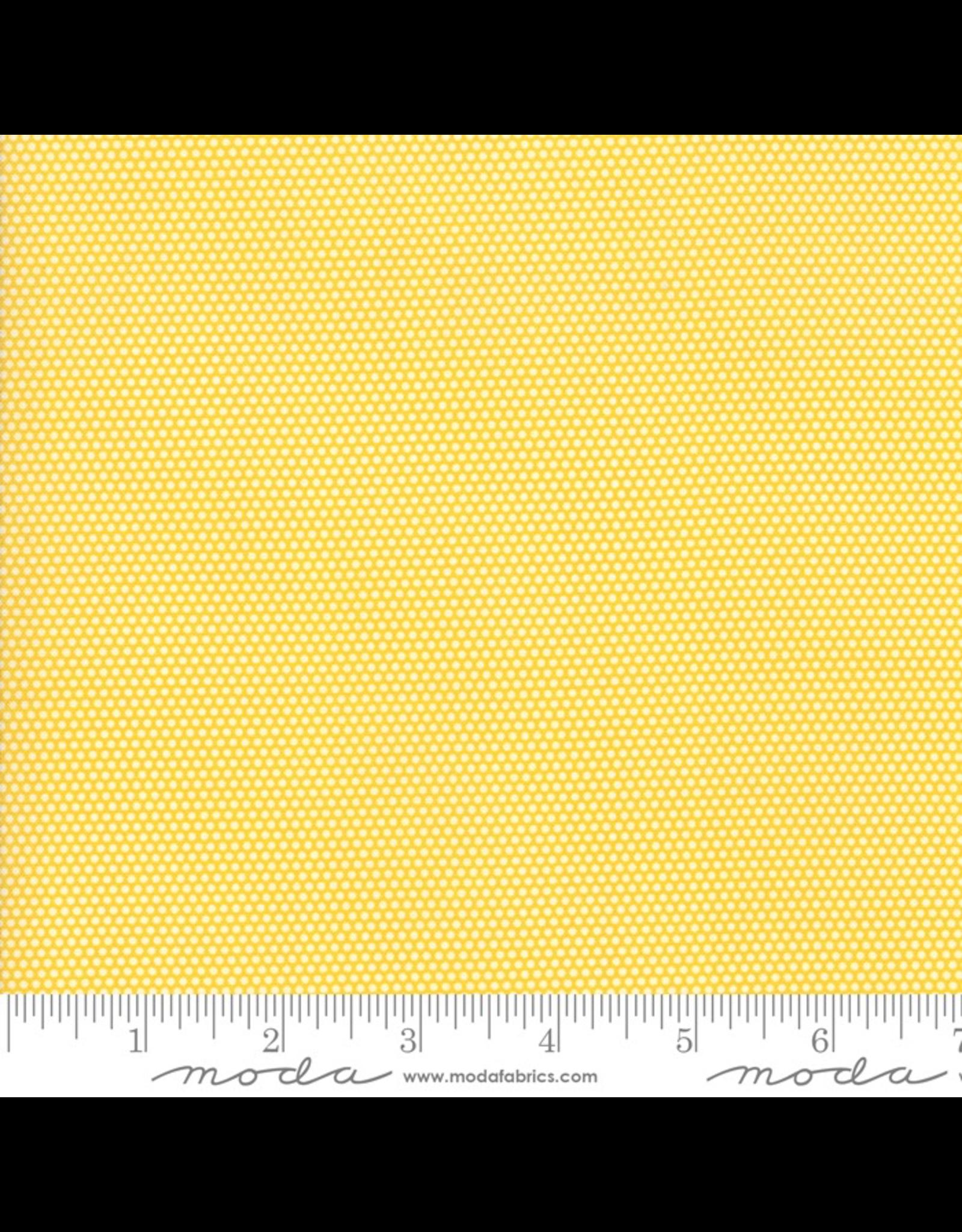 Moda Micro Dot in Yellow