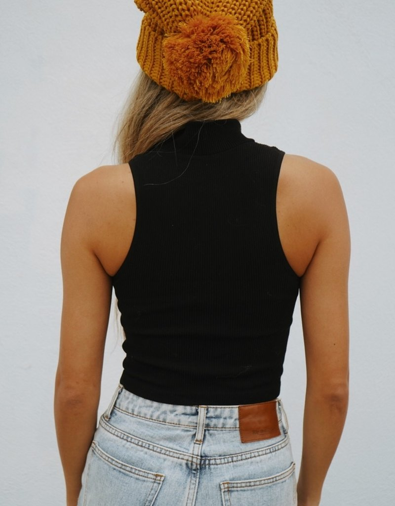 By Together Seamless Turtle Neck Sleeveless Crop