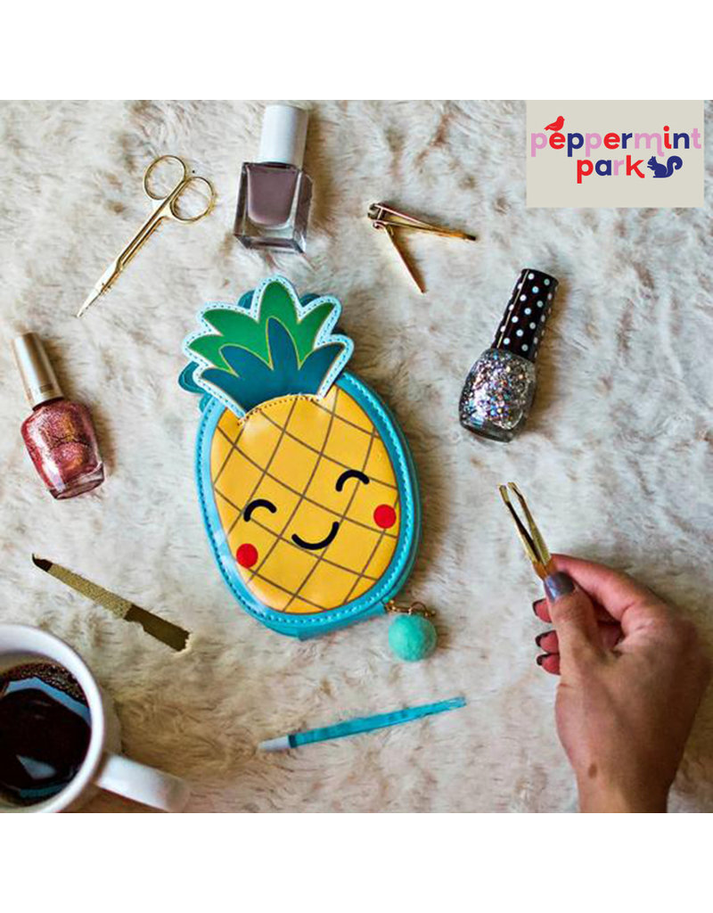 Dci Pineapple Manicure 5pc Kit