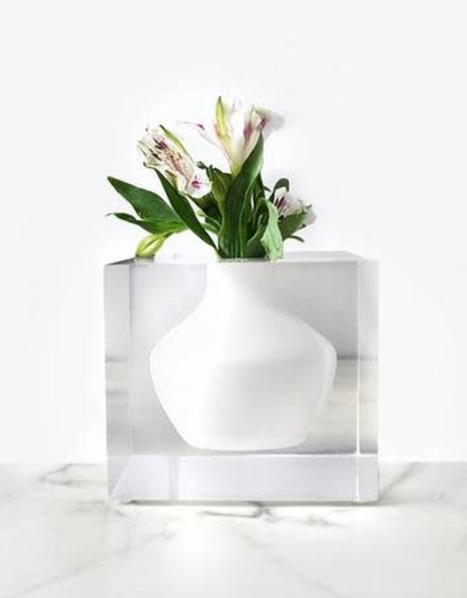 JR William Doyers Bud Vase by JR William