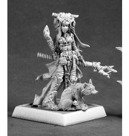 Reaper Mini Pathfinder: Feiya, Iconic Witch