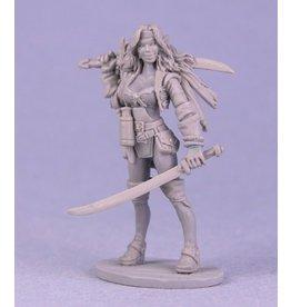 Reaper Mini Legends: Finaela, Female Pirate