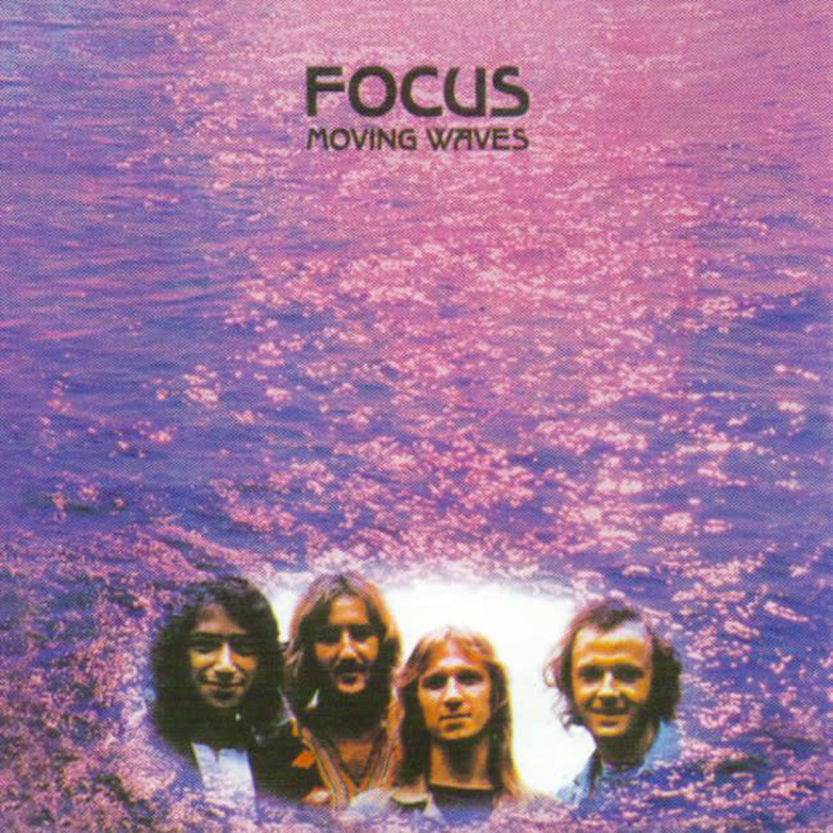 [Vintage] Focus: Moving Waves