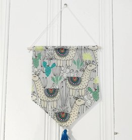 MLaure Decorative banner - Llama with blue pom pom