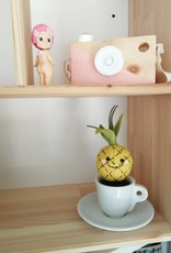 Pink Clémentine Fruit wool felt in a white espresso Cup - Pinapple