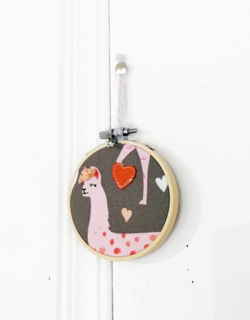 Créations Mirepoix Wall decoration - Llama pink - 3 inches