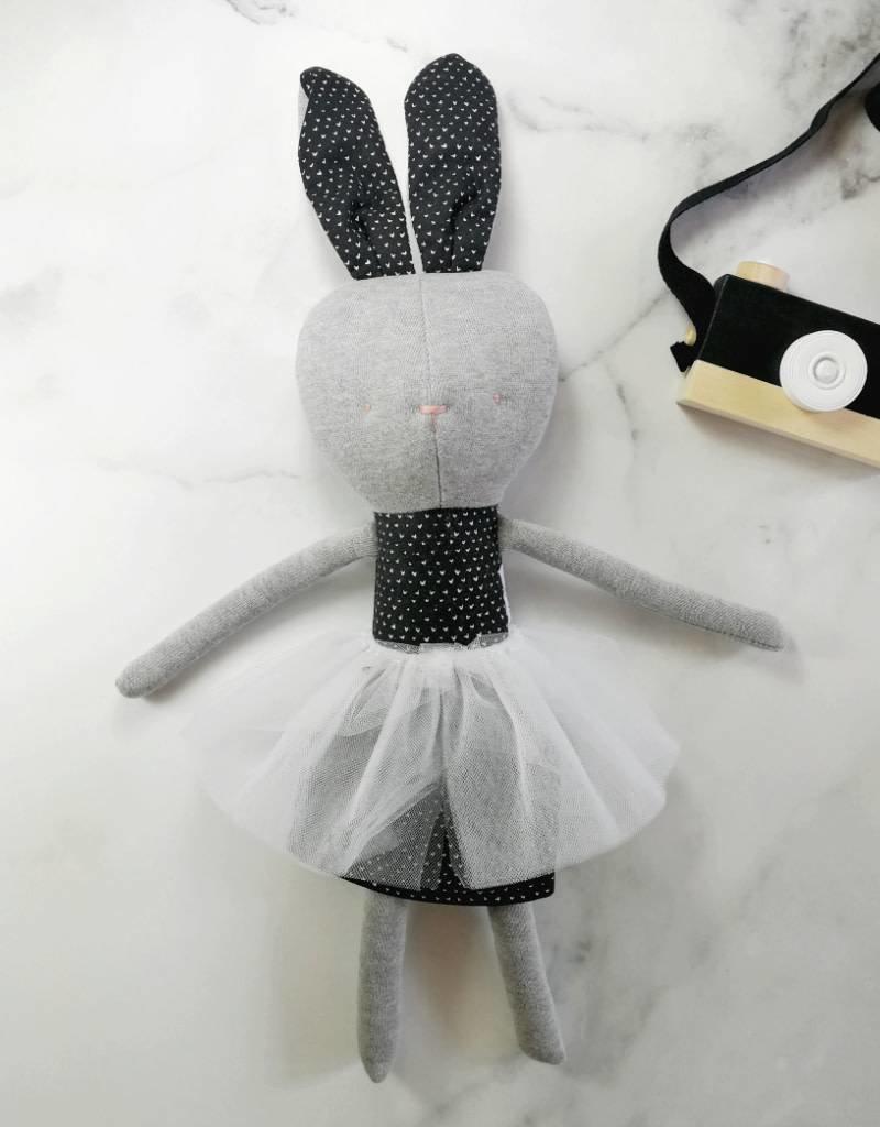 Kiou Kiout Plush - Grey and black rabbit