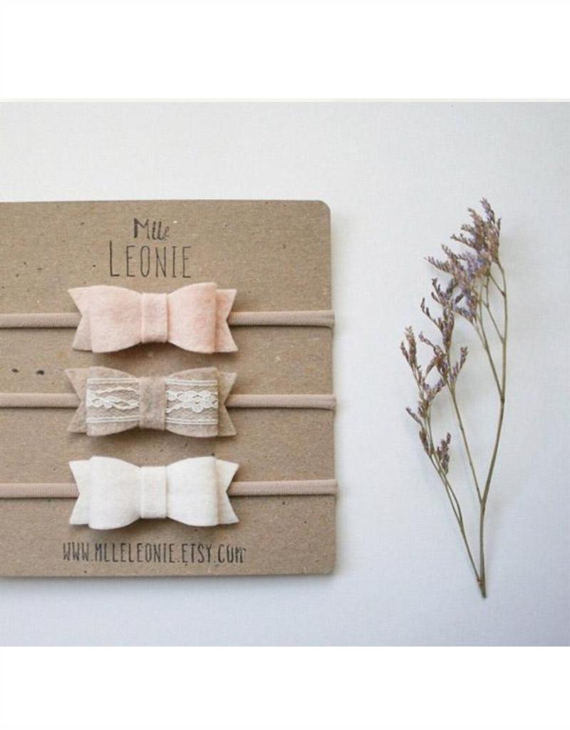 Mlle Léonie Trio bandeau boucle en laine feutré - rose pâle, beige et dentelle, crème