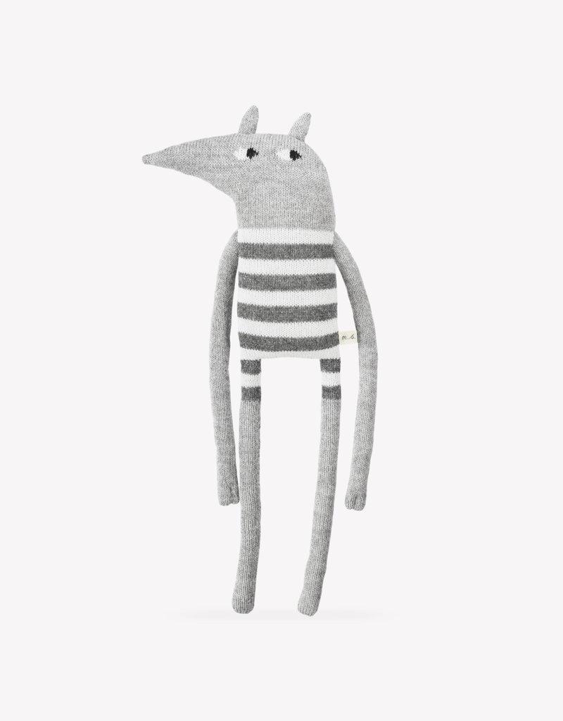 Main sauvage Grande peluche loup rayée blanc et gris