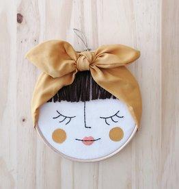 Ale Hoop Wall decoration - La jolie brunette