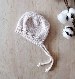 Paola Reina Bonnet tricoté à la main - Champagne