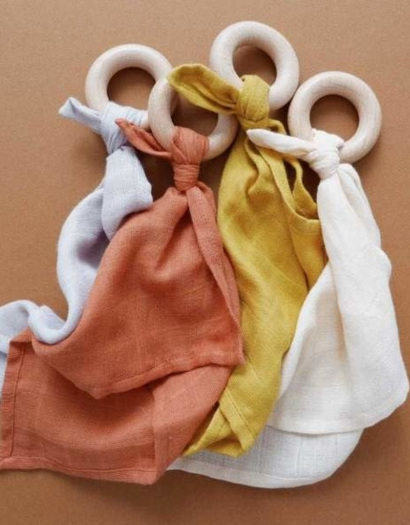 Minika Comforter teether - Mustard