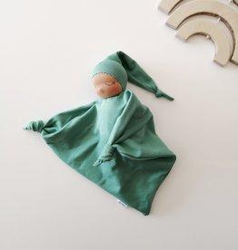 Comfrey & Clary Bébé endormi waldorf - Coton de bambou - Vert sauge