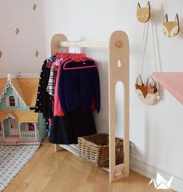 Abricotine Porte vêtements en bois