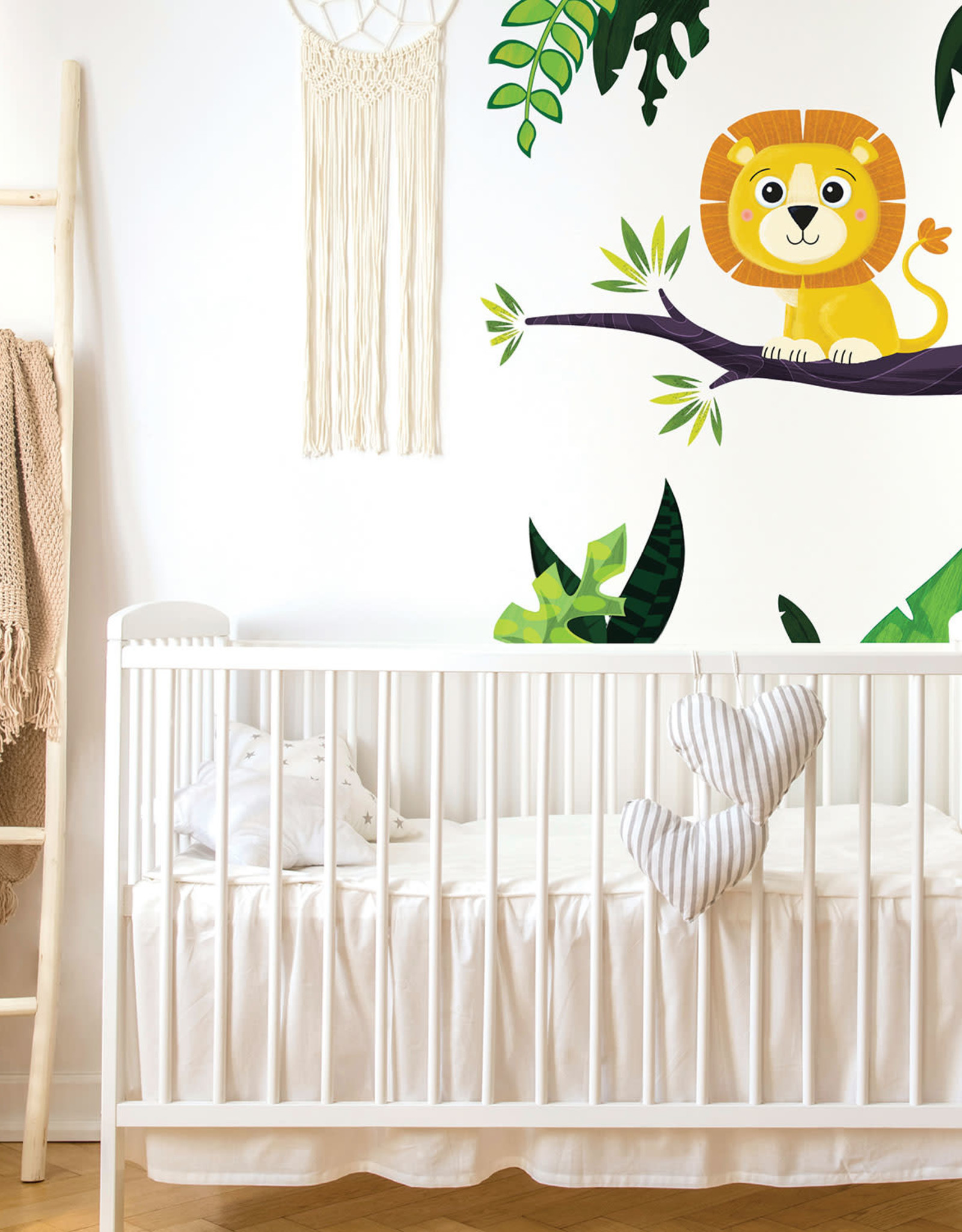 Veille sur toi Wall decal - Marcus the lion