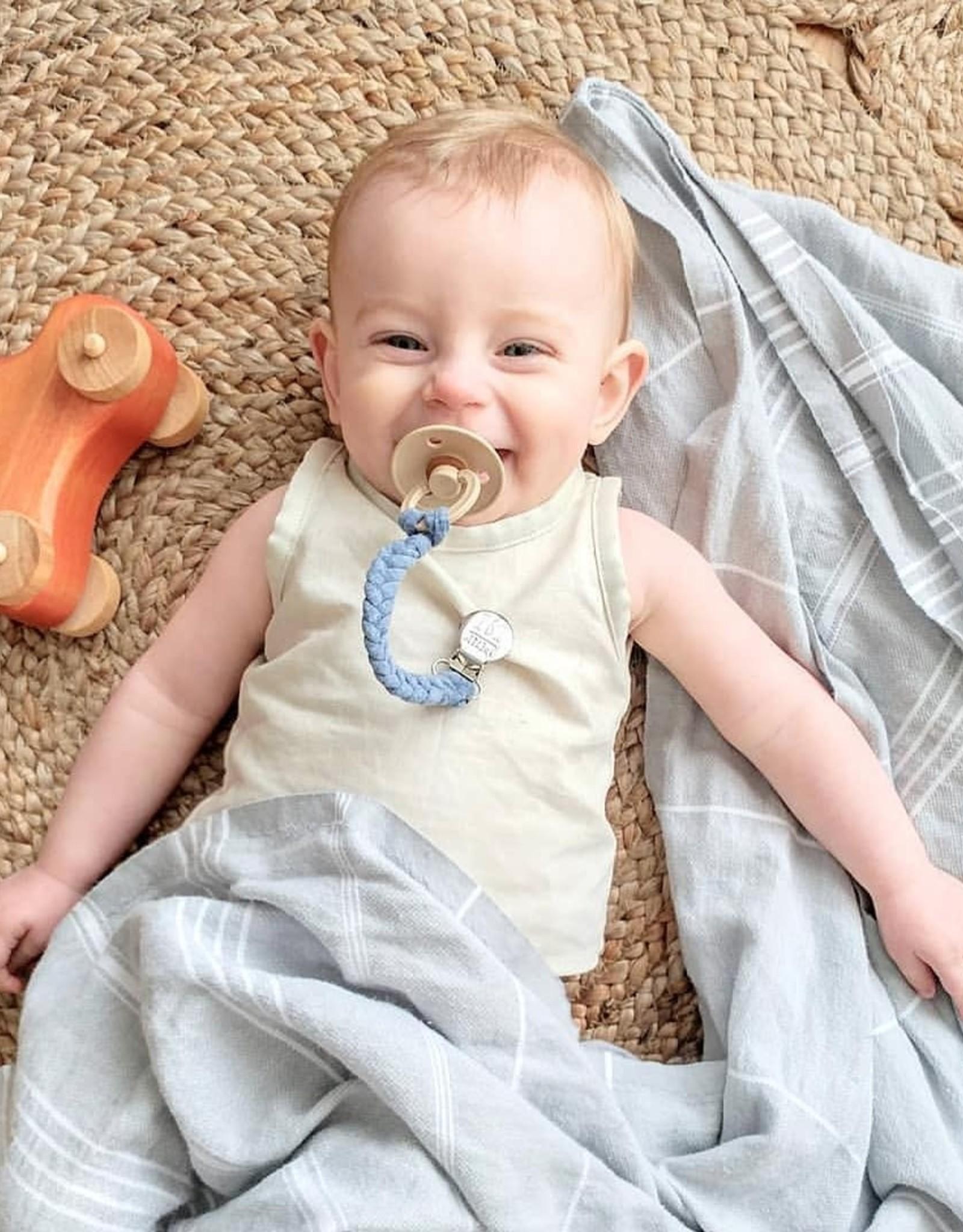 Petit Tot Attache-suce tressée - Bleu bébé