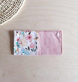 Les Petits Ziboo Protège Carnet de santé - Fleur rose