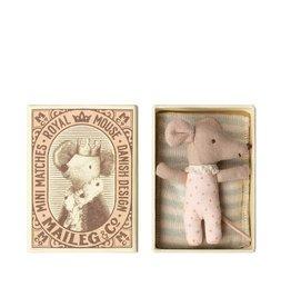 Maileg Bébé souris fille - Réveillé endormi dans une boîte d'allumettes
