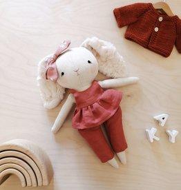 Mes petites lunes Poupée-Peluche - Lapine avec jupette et pantalon rose