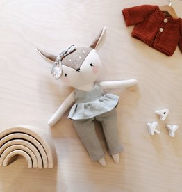 Mes petites lunes Plush-Doll - Doe with skirt and sage pants