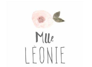 Mlle Léonie