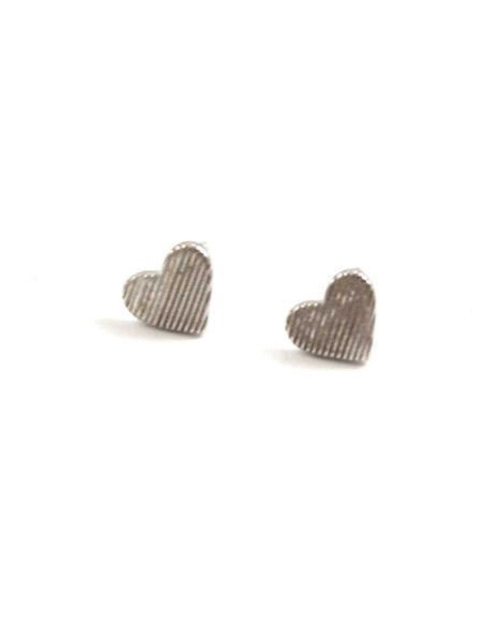 Eff Y Bee f.y.b. - Earrings Heart Studs Silver